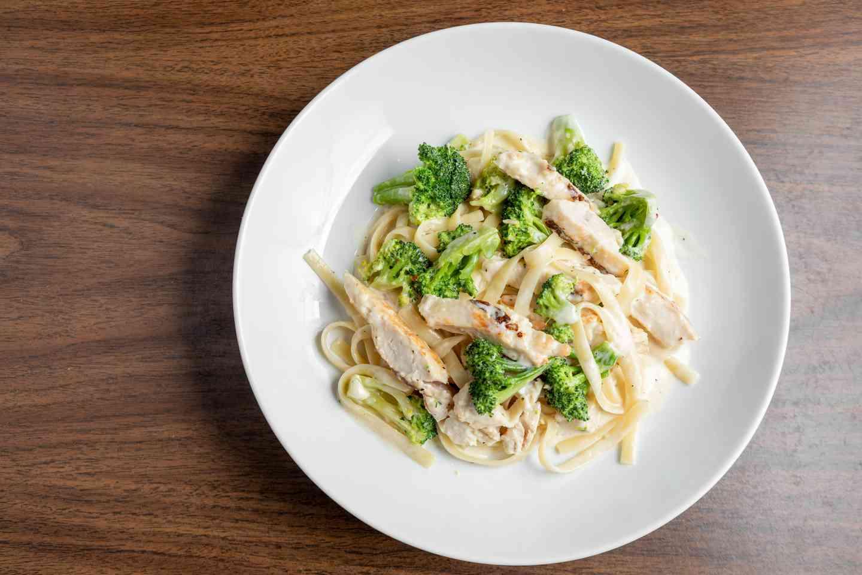 Fettuccini Alfredo with Broccoli