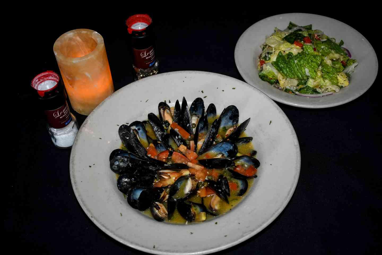 Mussels Blanco
