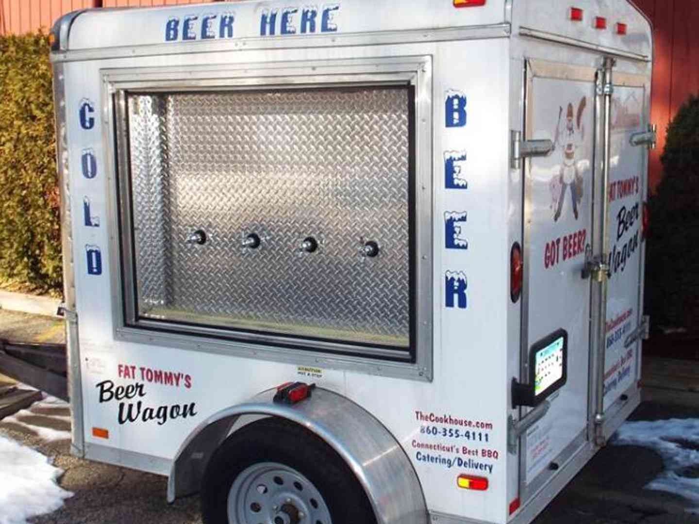 Fat Tommy's Beer Wagon