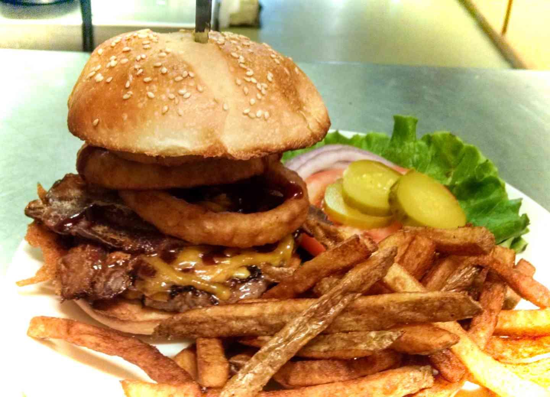 Bob's BBQ Bacon Burger