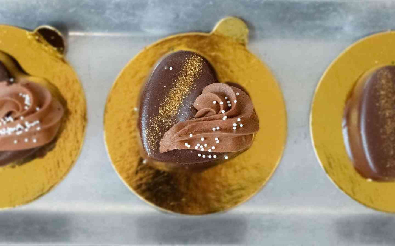 flourless chocolate heart