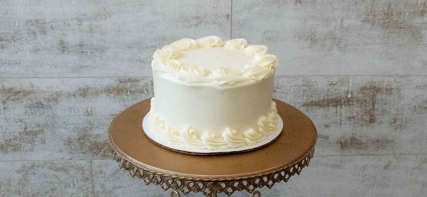 Yellow Cake: Chocolate Buttercream or Vanilla Buttercream