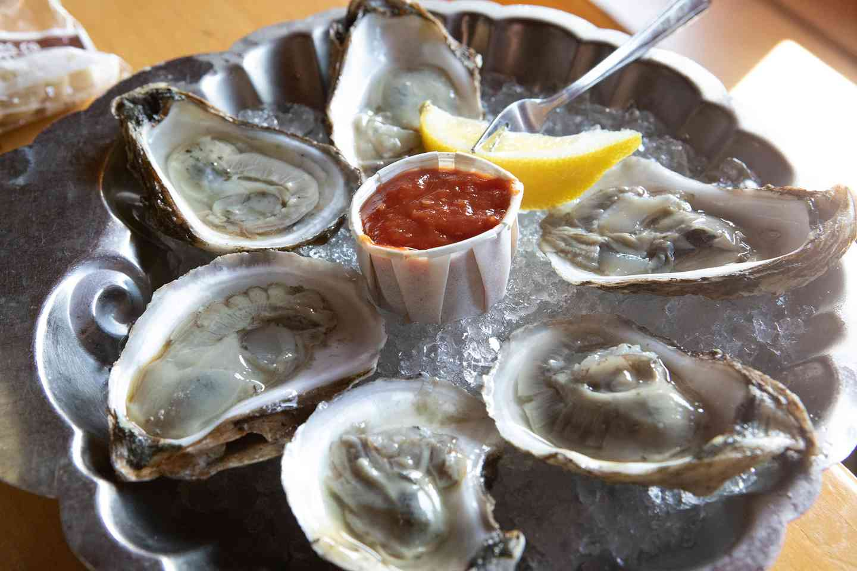 Fresh Oysters*