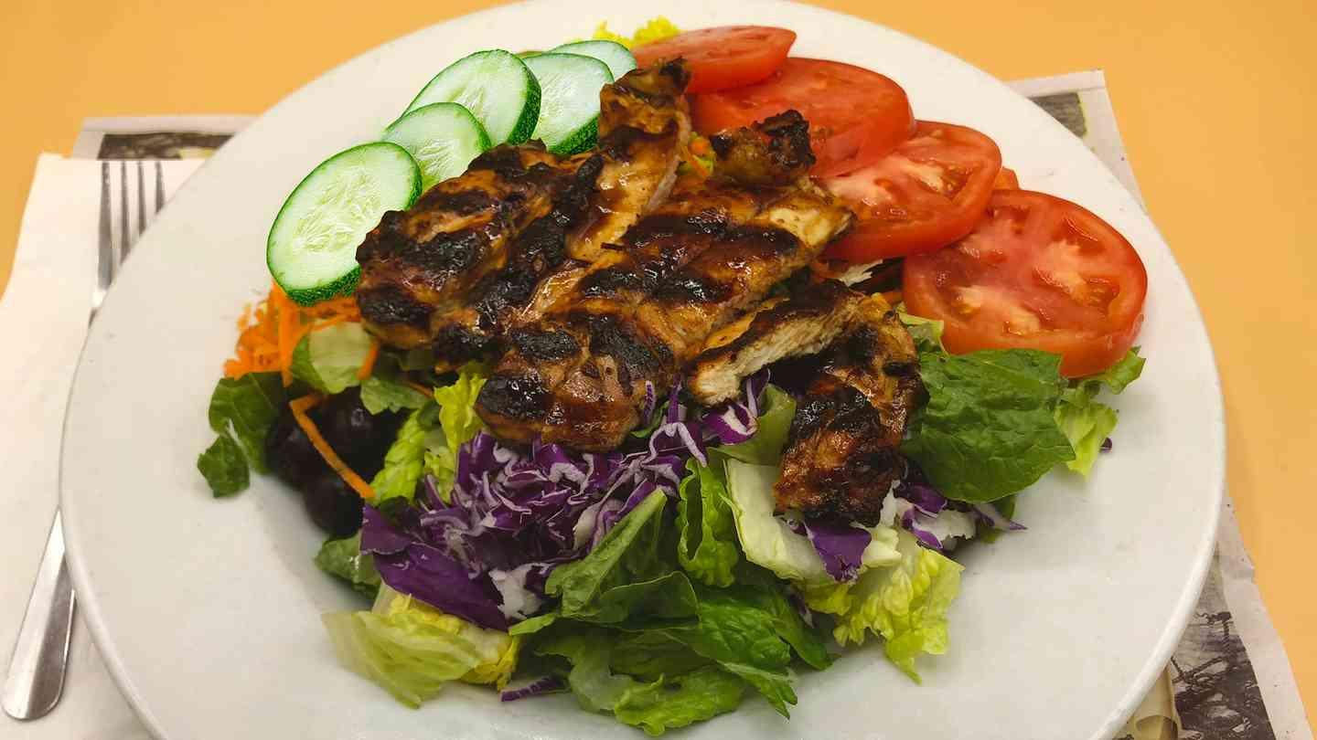 Charbroiled Chicken Entree Salad