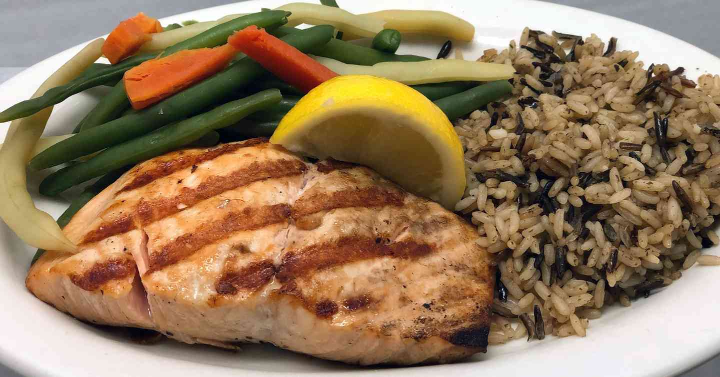 Light & Healthy Charbroiled Fresh Salmon