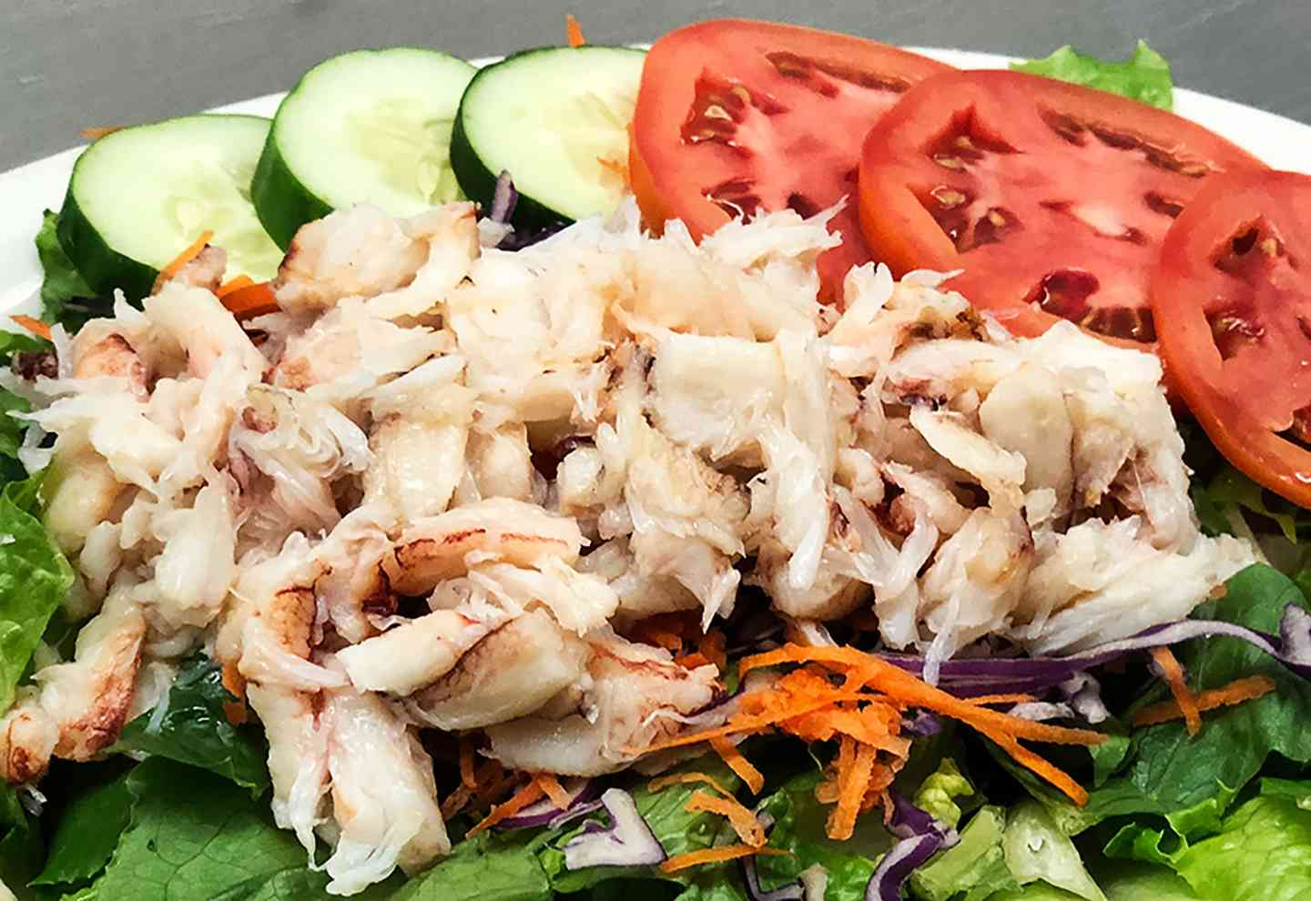 Chilled Rock Crab Meat Entree Salad