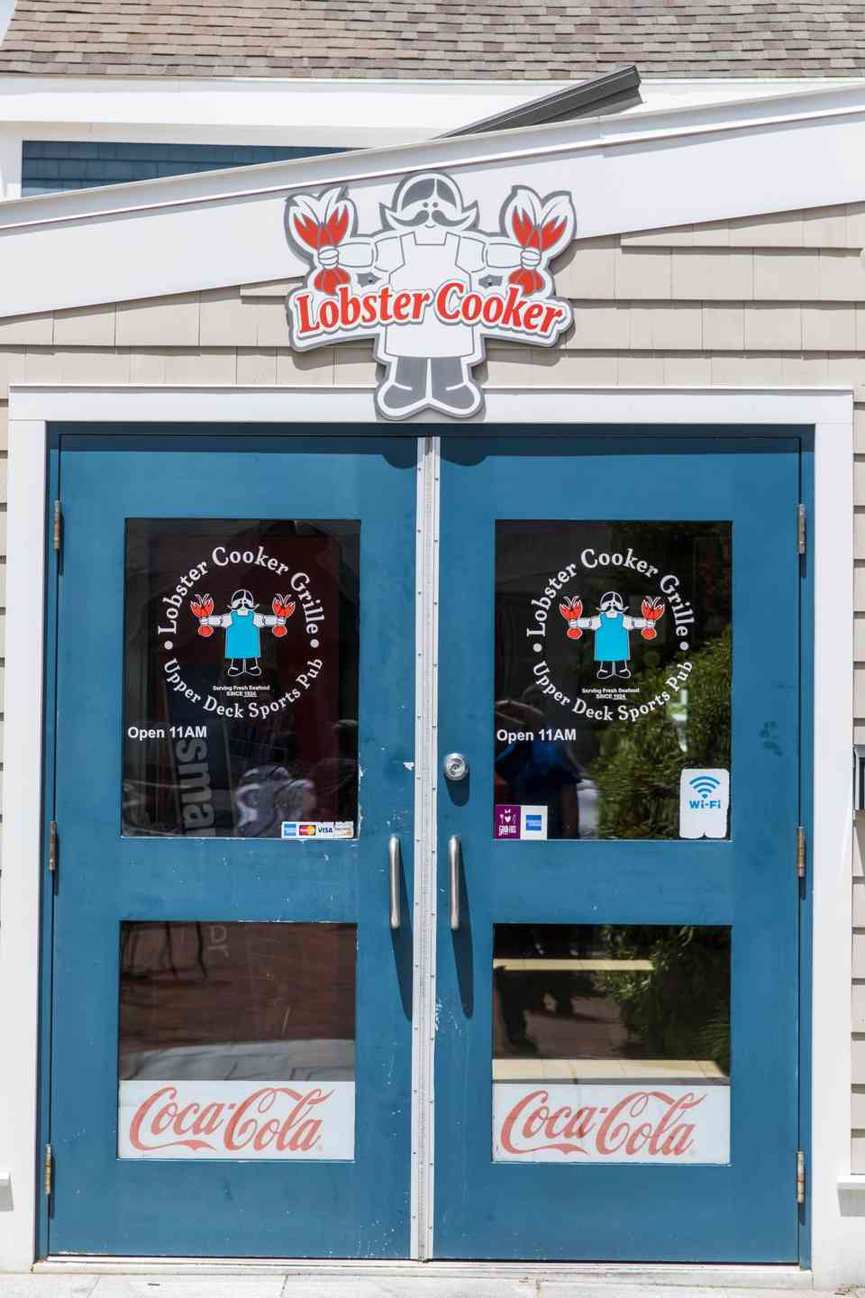 lobster cooker and pub closed for winter break