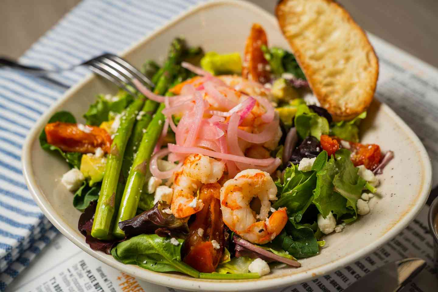 ARGENTINE GRILLED SHRIMP, BACON + AVOCADO SALAD