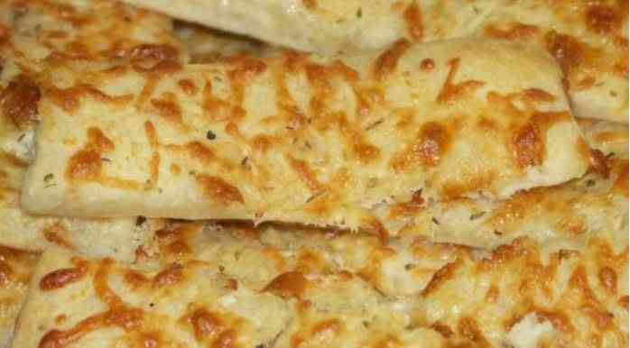 Cheesy Jumbo Breadsticks