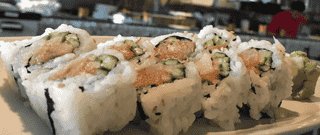 SPICY YELLOWTAIL ROLL*
