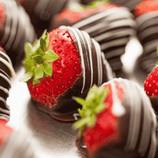 Chocolate Covered Strawberries (dozen)