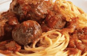 Pasta Sauce w/ Meatballs