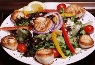 blackened scallop salad