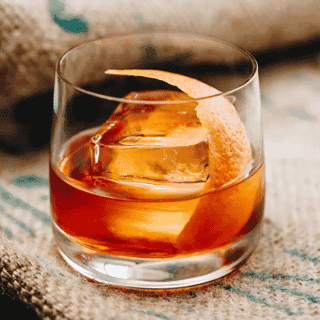 Classic Whiskey Old Fashioned