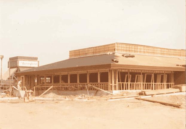 old construction photos of kenos restaurant