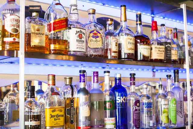 restaurant liquor bar