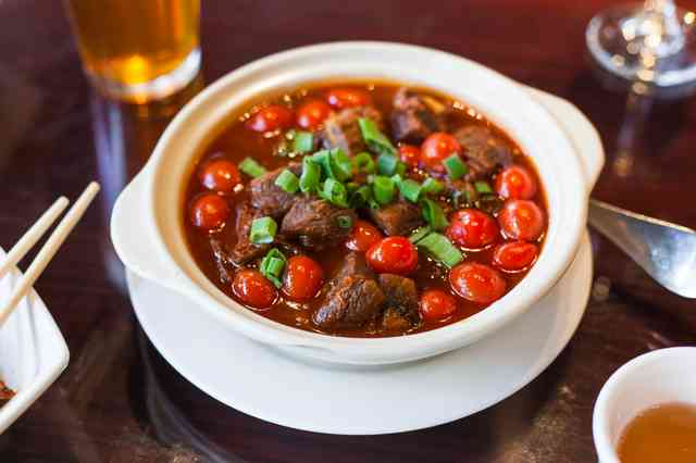 szechuan beef stew with tomatoes