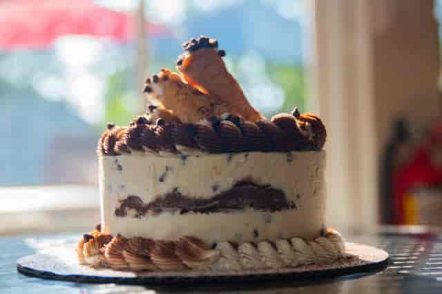 cannoli supreme cake