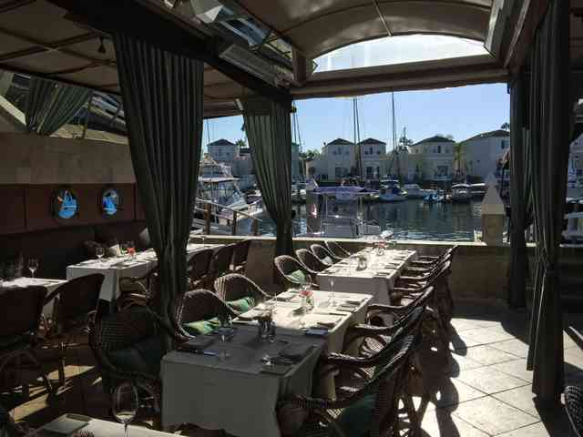dine at the dock