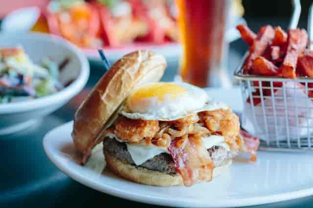 Cure Burger