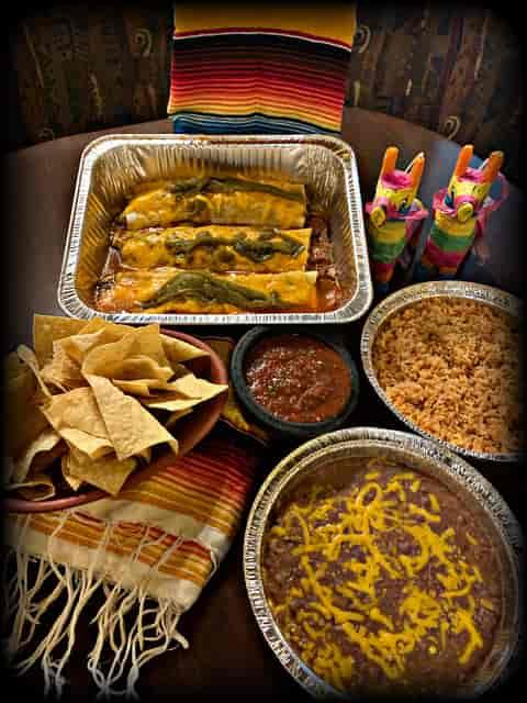Deluxe Burrito Family Pack