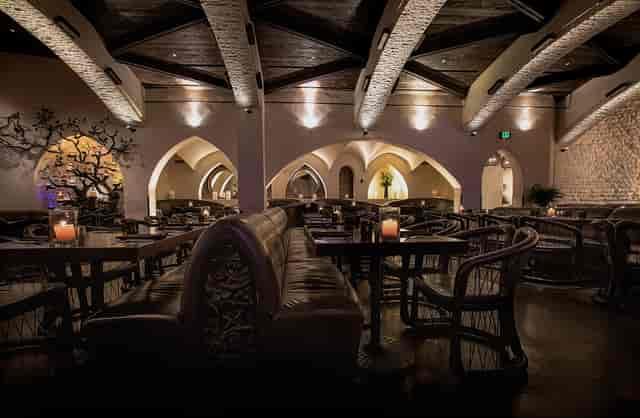 Javier's Las Vegas Main Dining Copyright © 2019 SNAPTASTE® INC.