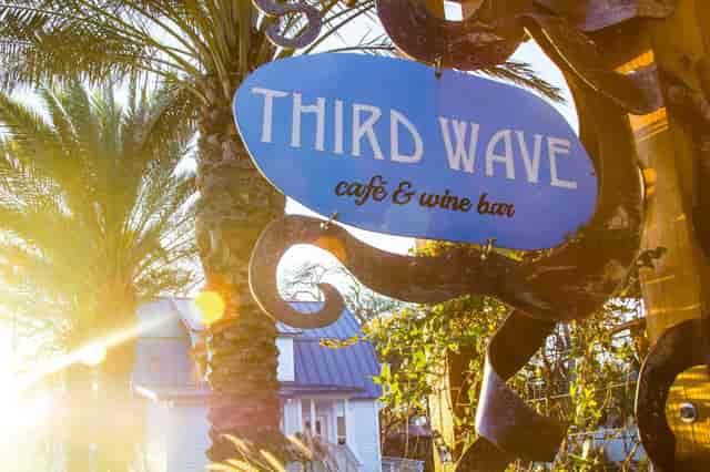 third wave sign
