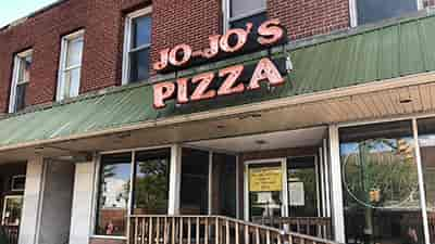 Store front of JoJo's Pizza
