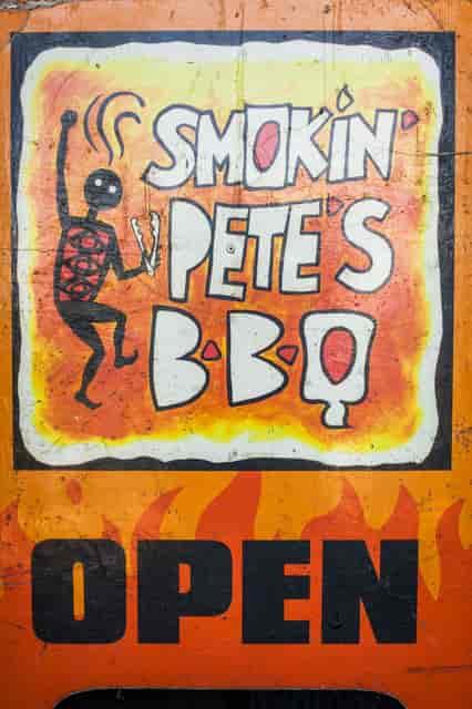 smokin' petes sign