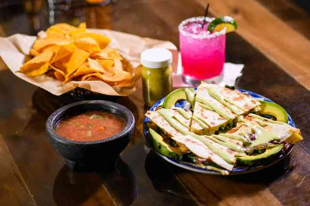 plates of food Woody's Tacos & Tequila