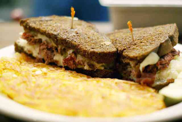 Reuben Sandwich with hashbrowns