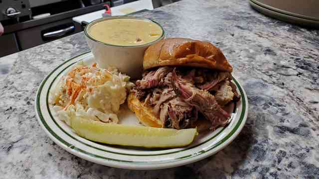 Pulled pork special