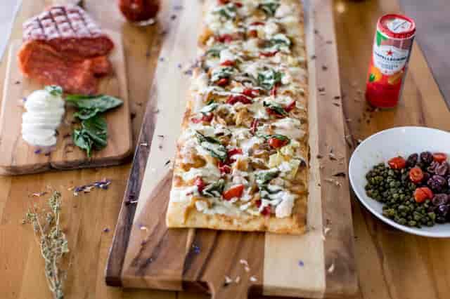 Flat Pizza
