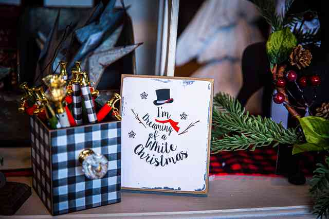White Christmas Sign and pens