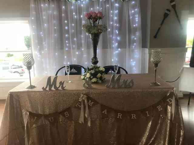 just married table