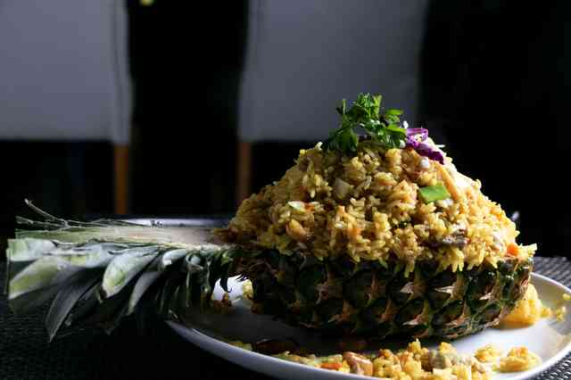 pinapple fried rice