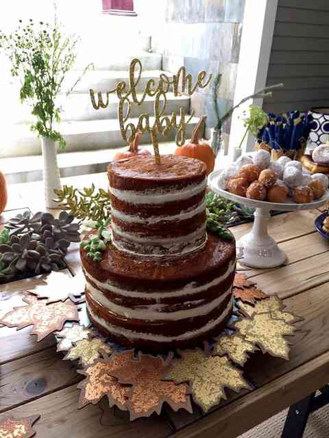 naked welcome baby cake