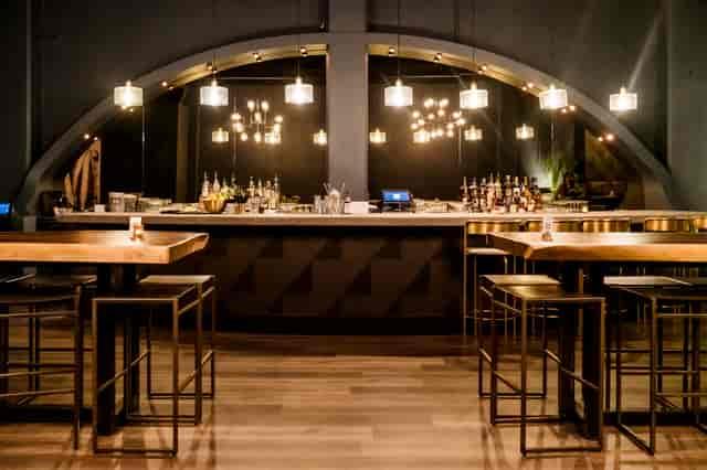 Varley Indoor Bar