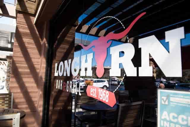 long horn bar & grill logo