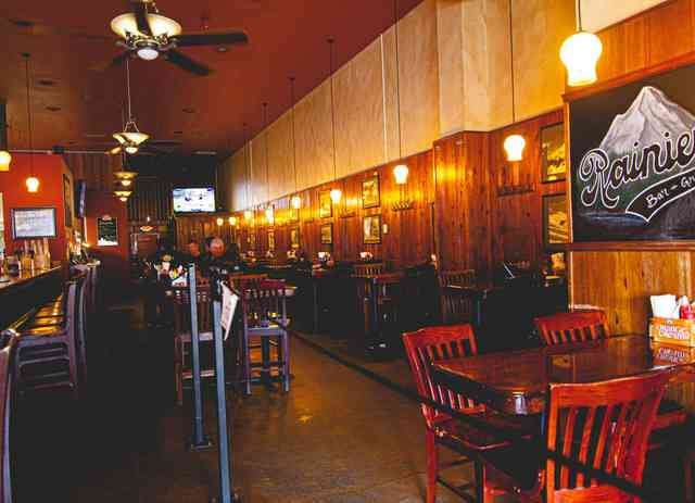 Rainier Bar & Grill dining room