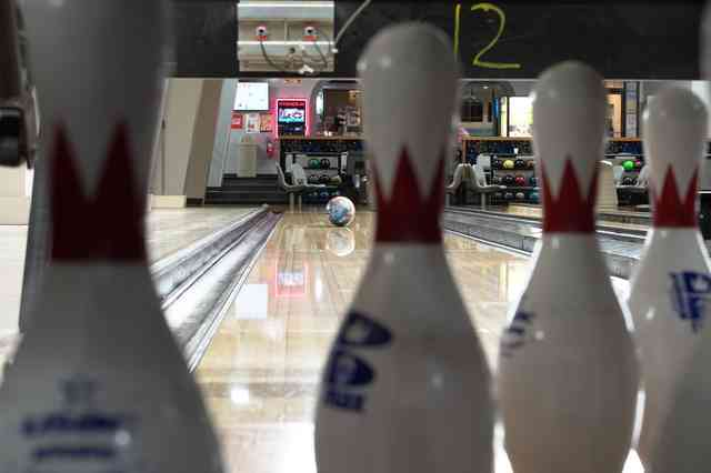 Sweetheart 10 Pin Bowling