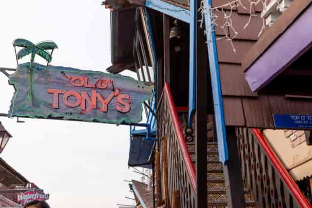 tonys sign