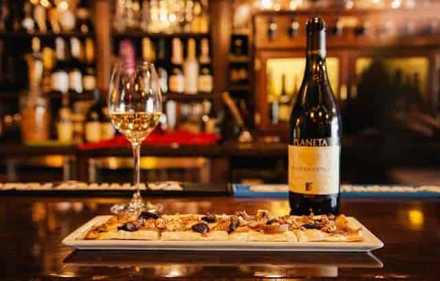 wine and flatbread