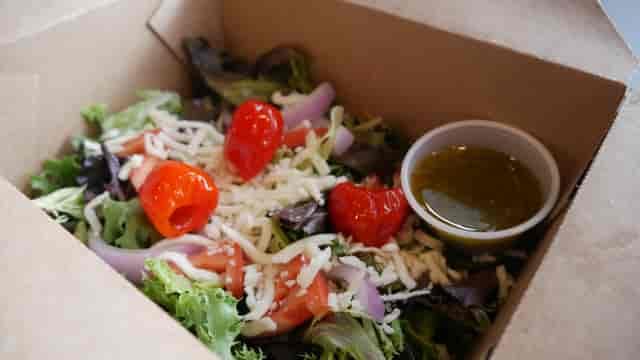 garden salad in box