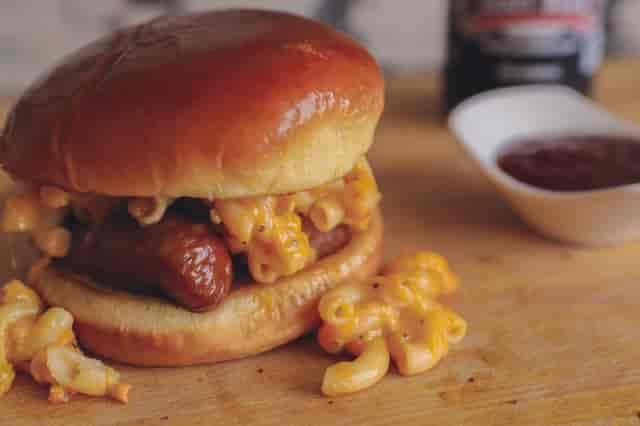 mac n cheese sandwich