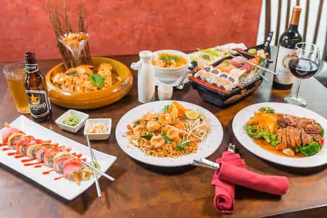 Roy's sushi dish variety