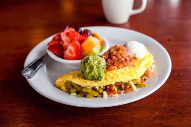 santa fe omelet with fruit