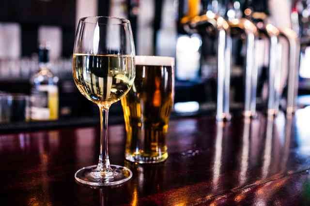 Emergency measure makes it easier for California restaurants to sell alcohol