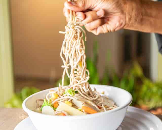 vegetarian noodle bowl