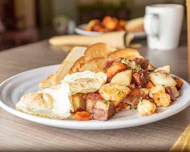 Bayana Corner Breakfast